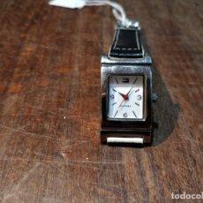 Relojes: RELOJ TOMY HILFIGER T00187 - CORREA REVERSIBLE BLANCA Y NEGRO ORIGINAL. Lote 172993072