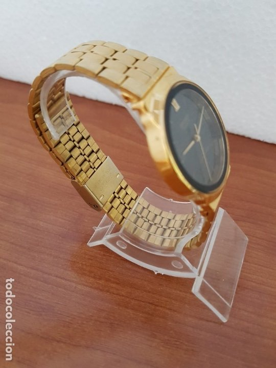 Relojes: Reloj (Unisex) marca Orient de cuarzo chapado de oro con correa chapada de oro, esfera negra - Foto 8 - 178371891