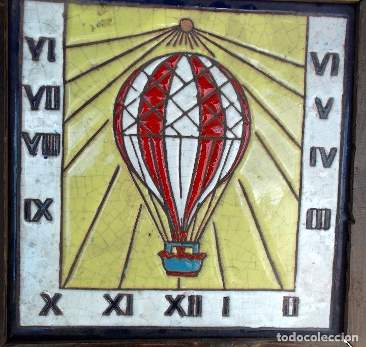 Relojes: Azulejo antiguo con reloj de sol muy bien conservado, esta enmarcado - Foto 2 - 181913006