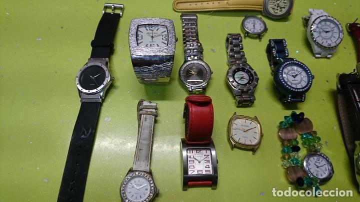 Relojes: LOTE DE 25 RELOJES VARIOS, SIN PILA, DOGMA, LOTUS, REDSKY Y MAS - Foto 2 - 187370596