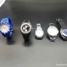 Relojes: LOTE 5 RELOJES FALTA PILA. Lote 189775431