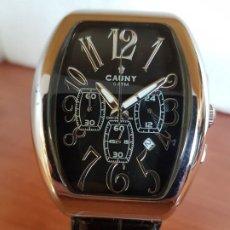 Relojes: RELOJ CABALLERO DE CUARZO MARCA CAUNY CRONOGRAFO EN ACERO, ESFERA NEGRA, CORREA ORIGINAL NEGRA . Lote 190907275