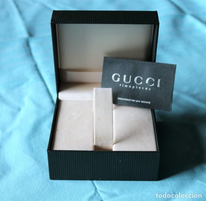 Relojes: Caja de reloj de Gucci, libreta y tarjeta de garantía.Gucci watch box with garanty and leaflet . - Foto 4 - 190999866