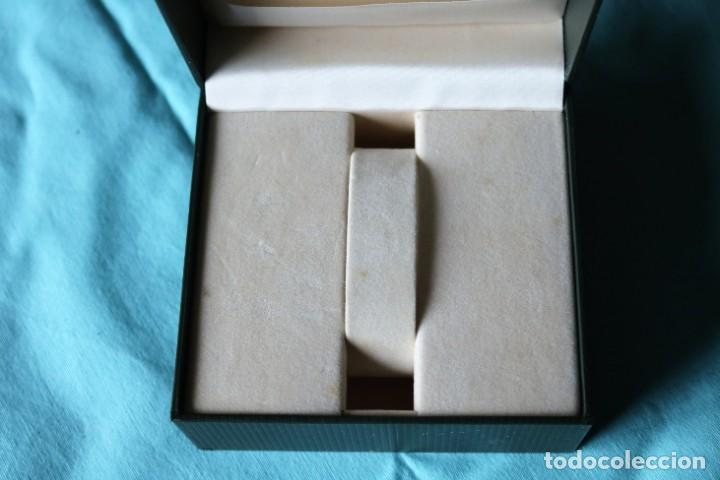 Relojes: Caja de reloj de Gucci, libreta y tarjeta de garantía.Gucci watch box with garanty and leaflet . - Foto 7 - 190999866