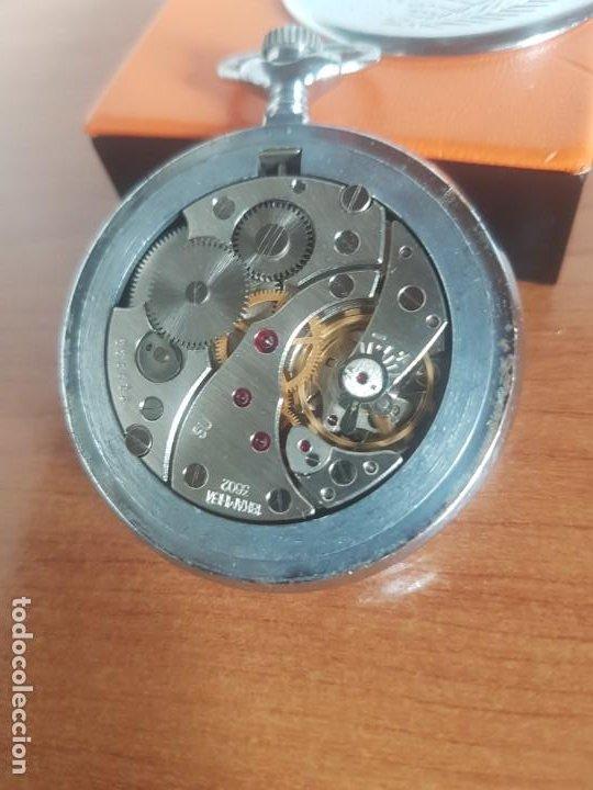 Relojes: Reloj de bolsillo Ruso marca Molnija con segundero a las 9 horas con caja de acero y repujada - Foto 8 - 191298983