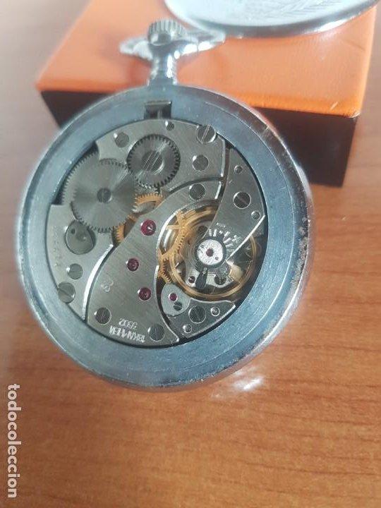 Relojes: Reloj de bolsillo Ruso marca Molnija con segundero a las 9 horas con caja de acero y repujada - Foto 10 - 191298983