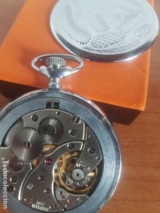 Relojes: Reloj de bolsillo Ruso marca Molnija con segundero a las 9 horas con caja de acero y repujada - Foto 12 - 191298983