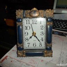 Relojes: RELOJ DE MESA MARCO DE FOTO EN RESINA - CUARZO MEDIDA 16 X 12 CM. FUNCIONANDO. Lote 191914957