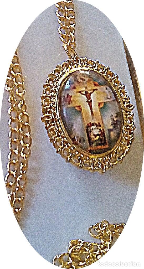 RELOJ COLGANTE IMAGEN JESUS EN CRUZ. (Relojes - Relojes Actuales - Otros)