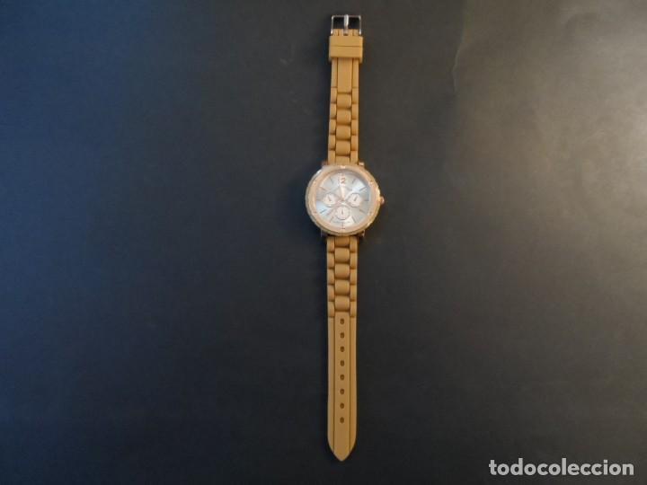 Relojes: RELOJ CORREA CAUCHO CAMEL Y ACERO ORO ROSA. GEORGIE VALENTIAN. ESFERA PLATEADA. SIGLO XXI - Foto 2 - 193957455