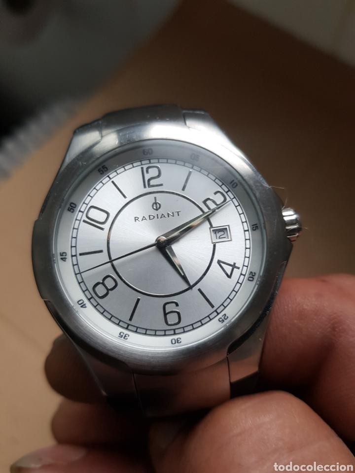 RELOJ RADIANT 42MM CON CORONA CORREA EN CUERO FALTA PILA (Relojes - Relojes Actuales - Otros)