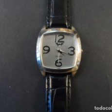 Relojes: RELOJ SEÑORA CORREA CUERO NEGRO Y ACERO. ESFERA GRIS PLATA. QUARTZ. SIGLO XXI. Lote 194879356