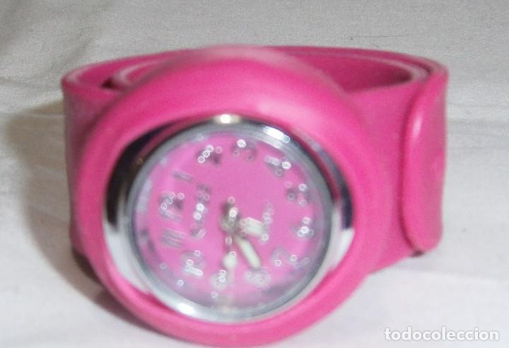 Relojes: reloj ajustable con correa de goma - Foto 3 - 194971997