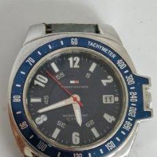 Relojes: TOMMY HILFIGER FUNCIONANDO SIN CORREA. Lote 195033786