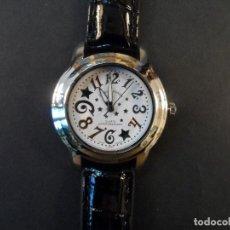 Relojes: RELOJ SEÑORA CORREA CUERO NEGRO Y ACERO. LOUIS VALENTIN . ESFERA BLANCA. QUARTZ. SIGLO XXI. Lote 195107066