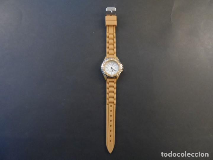Relojes: RELOJ SEÑORA CORREA CAUCHO CAMEL Y ACERO.GIORGIE VALENTIAN. ESFERA BLANCA. SIGLO XXI - Foto 2 - 195218666