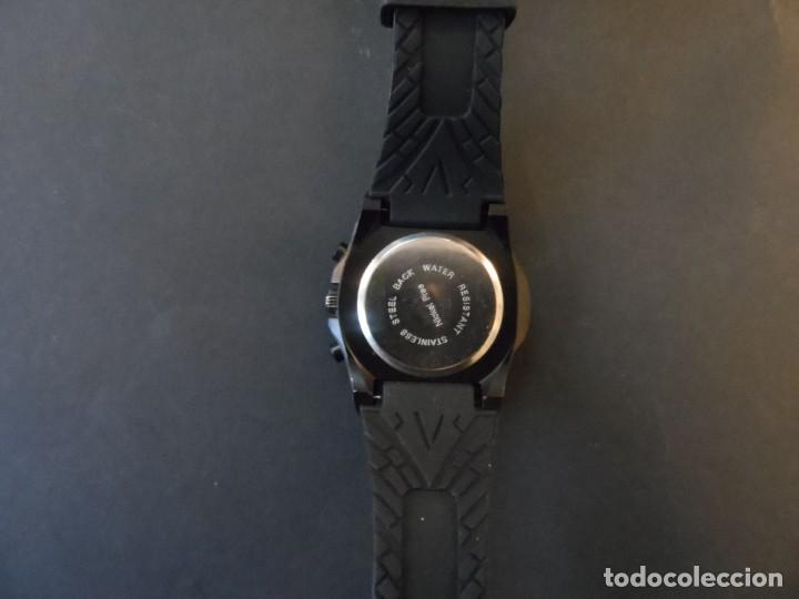 Relojes: RELOJ CORREA CAUCHO NEGRA Y ACERO NEGRO. GIORGIE VALENTIAN. ESFERA ROjA. SIGLO XXI - Foto 3 - 195304767