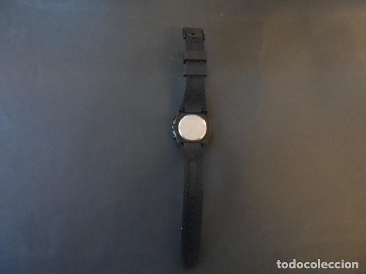 Relojes: RELOJ CORREA CAUCHO NEGRA Y ACERO NEGRO. GIORGIE VALENTIAN. ESFERA ROjA. SIGLO XXI - Foto 4 - 195304767
