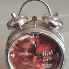 Relojes: RELOJ DESPERTADOR MALIRYN MONROE. Lote 196135357