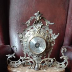 Relojes: BARÓMETRO DE SOBREMESA DE BRONCE Y MÁRMOL. Lote 196283761