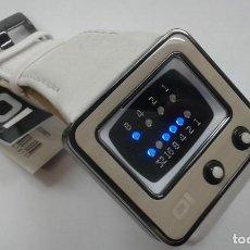 Relojes: RELOJ BINARIO DE LA MARCA 1HEONE DE ACERO CORREA DE PIEL NUEVO. Lote 198753826