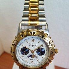 Relojes: RELOJ CABALLERO VOGUE BICOLOR DE CUARZO, BISEL GIRATORIO, CON CALENDARIO Y FASE LUNAR, CORREA ACERO . Lote 199143632