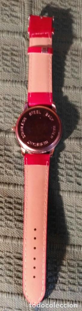 Relojes: Rg 16 Reloj muñeca grande rojo mate con Marylin - Por estrenar - Sin pila - 4cm - Foto 3 - 199237005