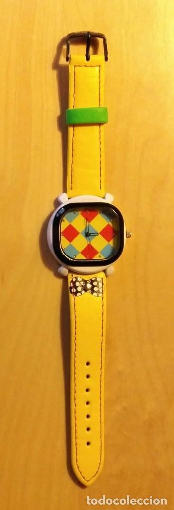 Relojes: Rg 21 Reloj muñeca amarillo con esfera rombos - Por estrenar - Sin pila - Cuadrado 4cm x 4cm - Foto 2 - 199388911