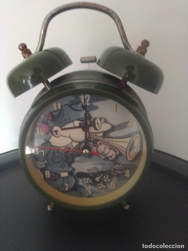 Relojes: Reloj despertador mortadelo y filemón año 2002 - Foto 2 - 202525330