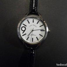 Relojes: RELOJ SEÑORA CORREA CUERO NEGRO Y ACERO. LOUIS VALENTIN . ESFERA BLANCA. QUARTZ. SIGLO XXI. Lote 206576505