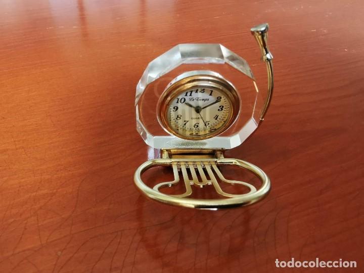 Relojes: RELOJ EN FORMA DE TUBA DE COLECCION EN MINIATURA LE TEMPS - Foto 2 - 207758980
