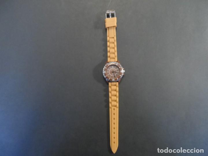 Relojes: RELOJ SEÑORA CORREA CAUCHO KAMEL Y ACERO. GIORGIE VALENTIAN. ESFERA CHOCOLATE. SIGLO XXI - Foto 2 - 210672682