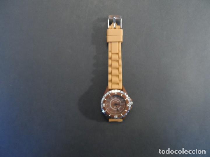 Relojes: RELOJ SEÑORA CORREA CAUCHO KAMEL Y ACERO. GIORGIE VALENTIAN. ESFERA CHOCOLATE. SIGLO XXI - Foto 6 - 210672682