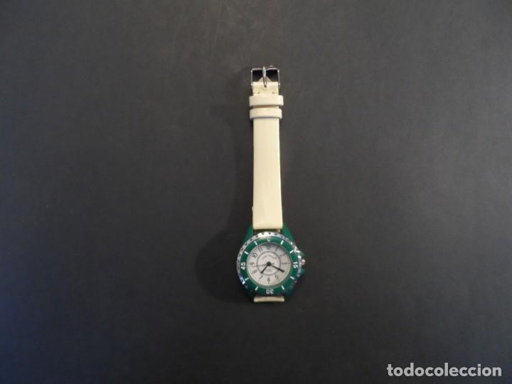 Relojes: RELOJ SEÑORA CORREA CUERO CREMA Y ACERO VERDE. GIORGIE VALENTIAN. ESFERA BLANCA. SIGLO XX - Foto 6 - 210681387