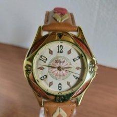 Orologi: RELOJ CABALLERO CUARZO VOGUE CHAPADO ORO, CAJA CON BISEL TIPO ACERO Y MADERA, CORREA CUERO MARRÓN.. Lote 213413938