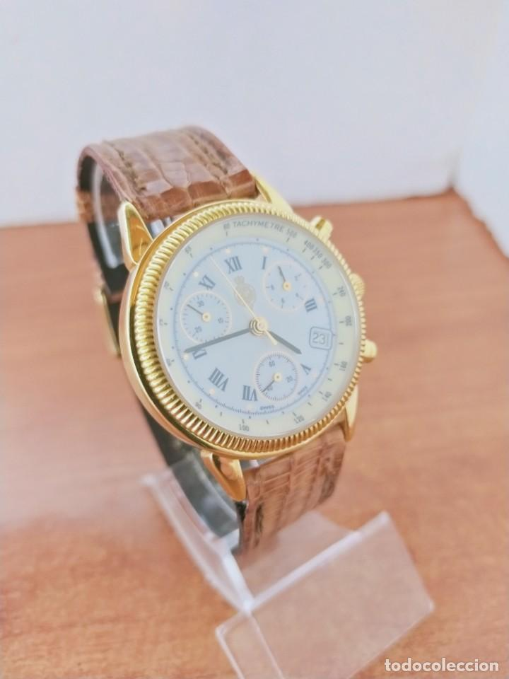 Relojes: Reloj caballero Royal GEOGRAPHICAL, cuarzo, cuatro bobinas, crono, caja chapada oro, corona rosca. - Foto 5 - 213428945