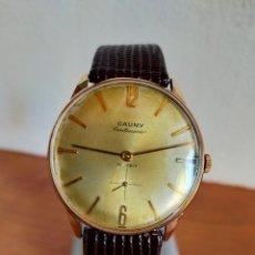 Relojes: RELOJ CABALLERO (VINTAGE) CAUNY CENTENARIO CHAPADO ORO 10 MICRAS DE CUERDA, 17 RUBÍS, CORREA CUERO.. Lote 213874291