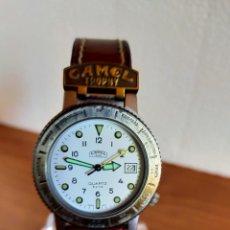 Relojes: RELOJ CABALLERO (VINTAGE) CAMEL TROPHY CUARZO DE ACERO, ESFERA BLANCA CON CALENDARIO LAS TRES HORAS.. Lote 213878150