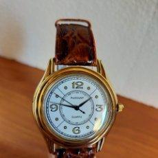 Relojes: RELOJ CABALLERO RADIANT, ACERO CUARZO, ESFERA BLANCA CON BISEL ORO CON AGUJAS NEGRAS, CORREA CUERO.. Lote 213894941