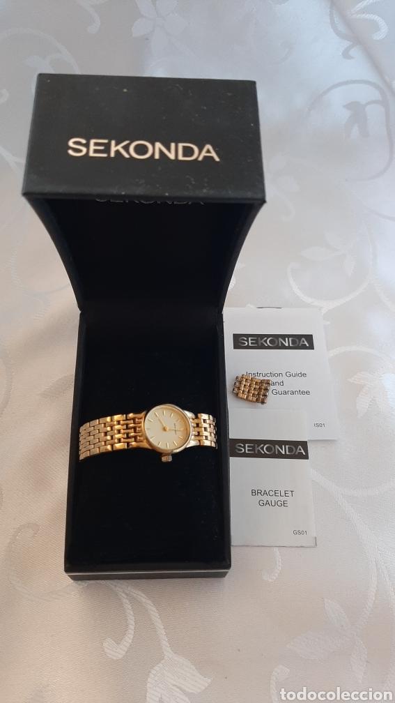 Relojes: Reloj vintage de mujer SEKONDA de Quartz. en caja original funcionado, color dorado. - Foto 4 - 215356046
