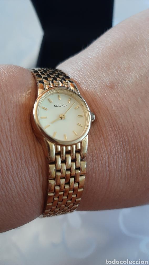 Relojes: Reloj vintage de mujer SEKONDA de Quartz. en caja original funcionado, color dorado. - Foto 7 - 215356046