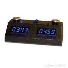 Relojes: CHESS. ZMF-II RELOJ DE AJEDREZ DIGITAL CON PANTALLA LED AZUL Y CAJA NEGRA. Lote 218036836