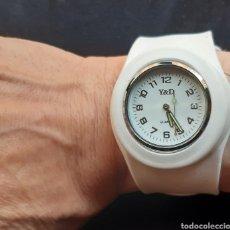 Relojes: RELOJ MARCA D&C DAVID CLOCK EN CAUCHO CORREA BRAZALETE ADAPTABLE, AÑOS 90.. Lote 218484360