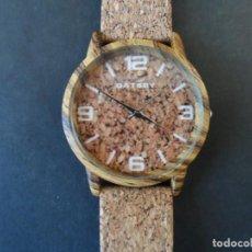 Relojes: RELOJ CORREA CORCHO. MARCA GATSBY. ESFERA CORCHO. MODELO III. QUARTZ. SIGLO XXI. Lote 219598550