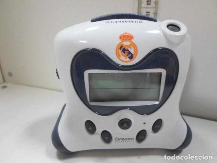 RELOJ DESPERTADOR REAL MADRID FUNCIONA (Relojes - Relojes Actuales - Otros)