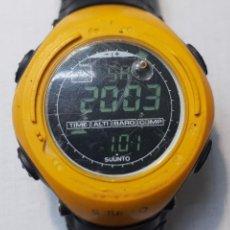 Relojes: RELOJ SUUNTO FINLAND CON ALTÍMETRO, BARÓMETRO Y BRUJULA FUNCIONANDO. Lote 262986285