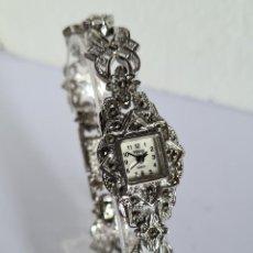 Relojes: RELOJ SEÑORA ACERO MARCA VENUS PLATEADO, ESFERA BLANCA DE NÁCAR, CORREA ACERO PLATEADA CON PIEDRAS.. Lote 222593706