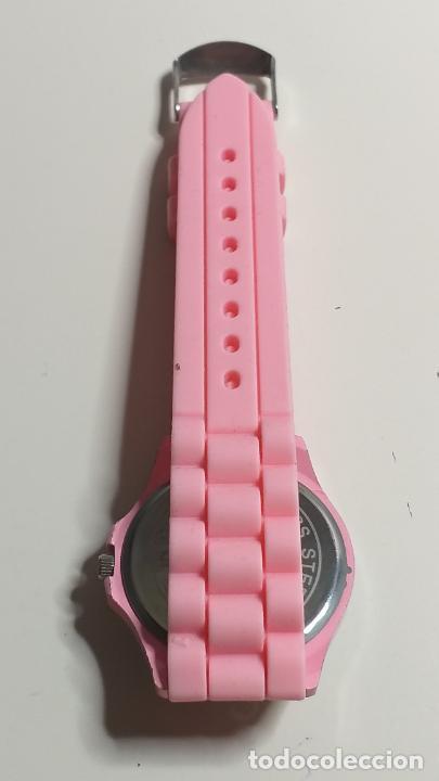 Relojes: Reloj de MUJER. CORREA ROSA DE SILICONA. MARCA GENEVA - Foto 7 - 239653075
