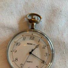 Relojes: ANTIGUO RELOJ DE BOLSILLO RENA SWISS MADE QUARTZ, 4CMS DIAMETRO. Lote 240158940