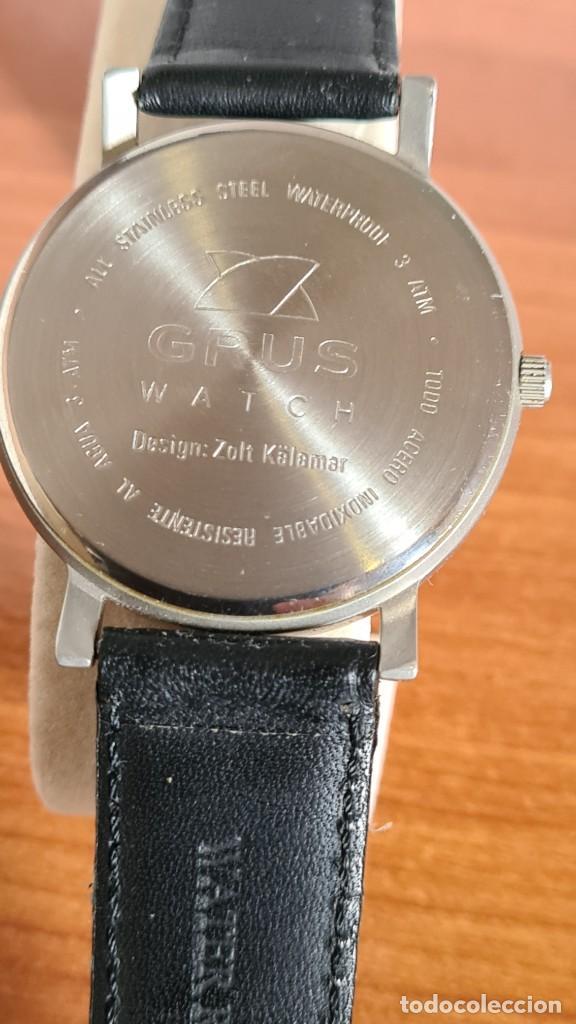 Relojes: Reloj unisex cuarzo GRUS acero, esfera en gris, con dos subesferas negras, correa cuero negra nueva. - Foto 10 - 243624500